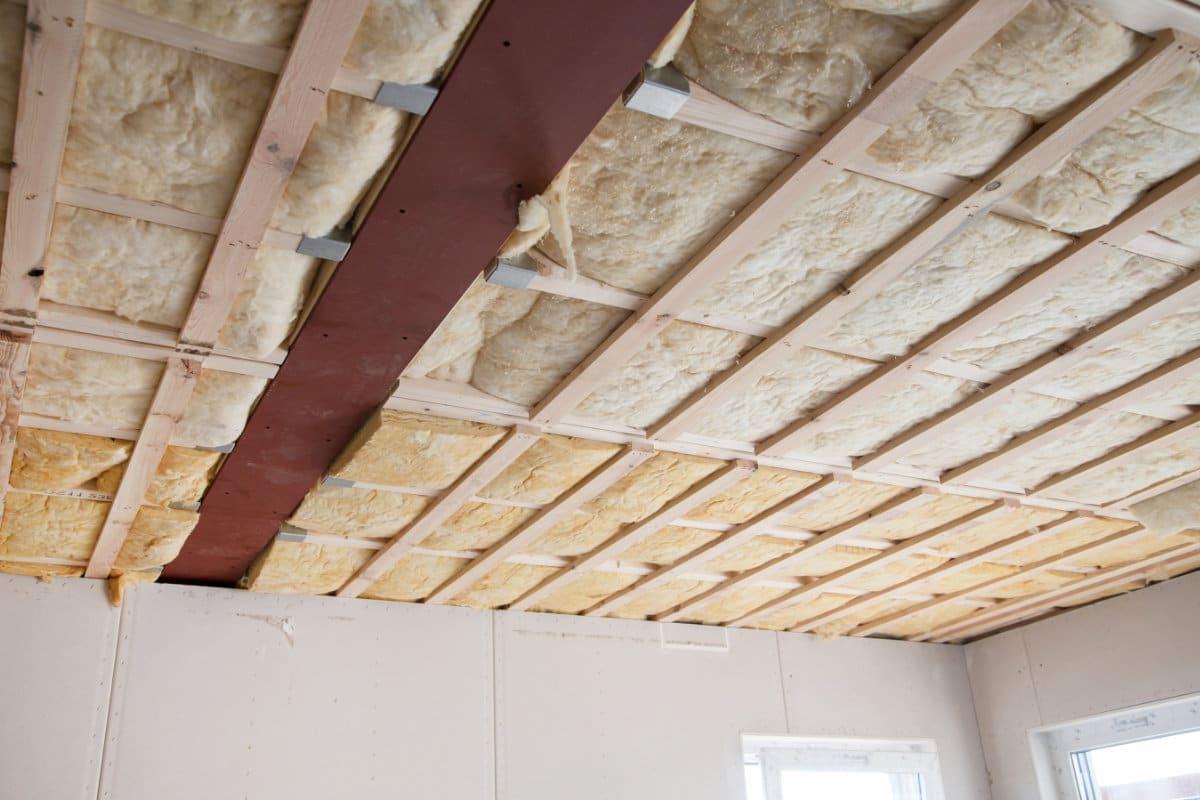 dak isoleren langs binnen