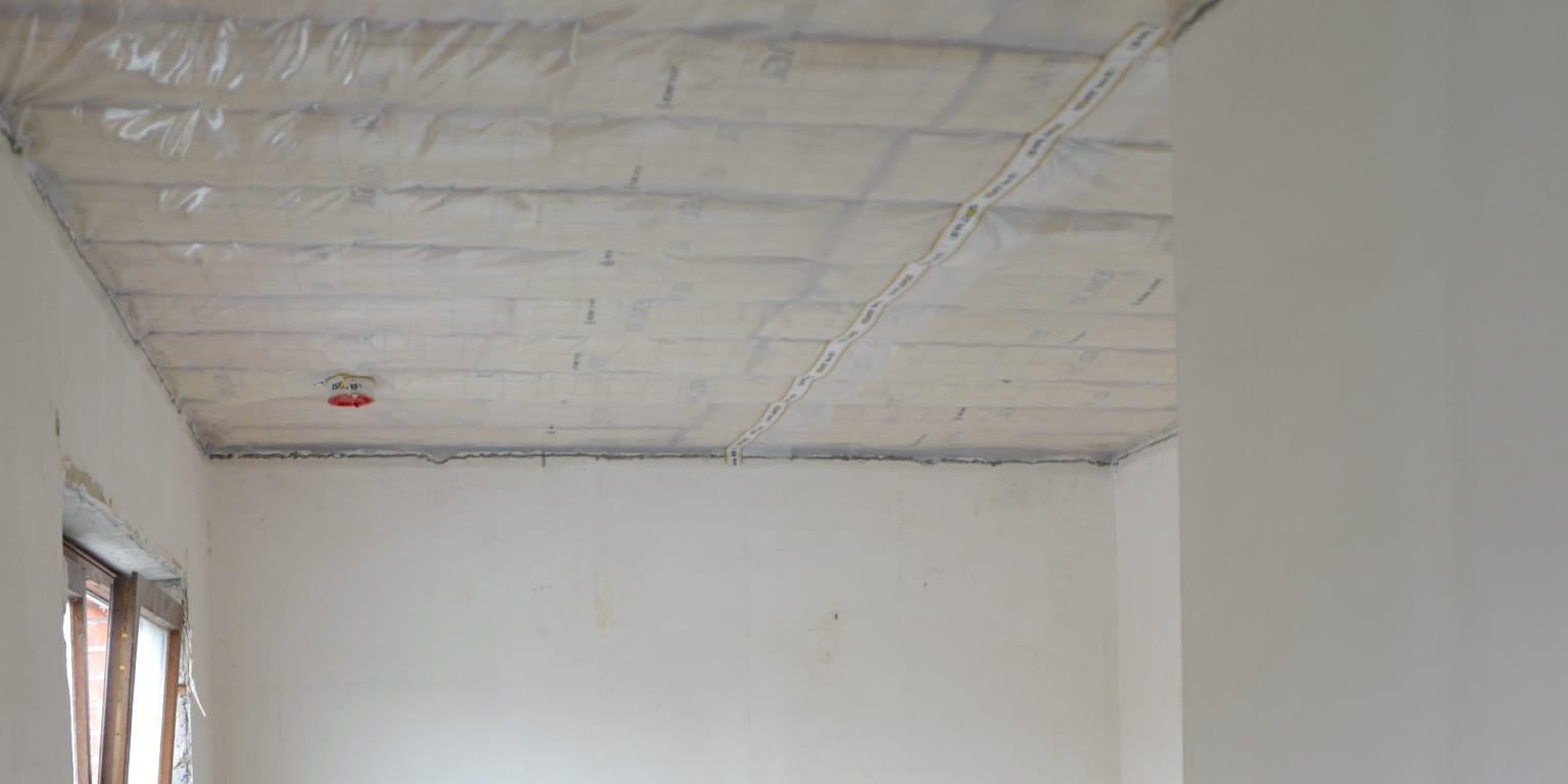 Glaswol bij een plat dak